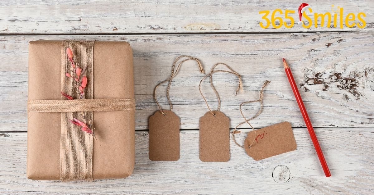 Turn gift tags into compliments